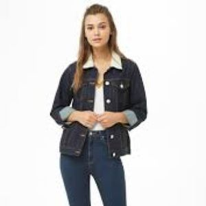 Faux Sterling Collar Denim Jacket NWT   Small